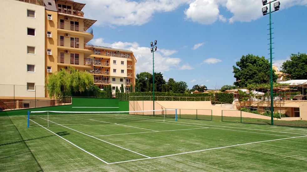 ea_tennis_court